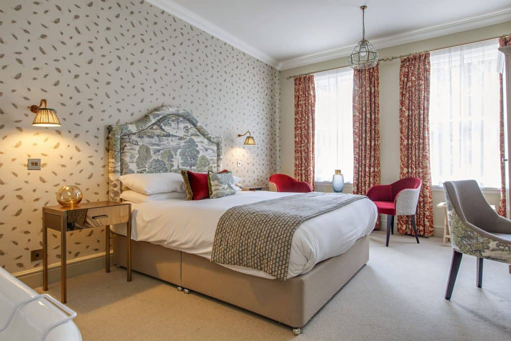Elm Hill Feature Room