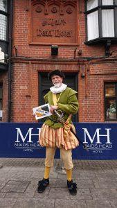 Rob Knee as Sir Thomas Paston
