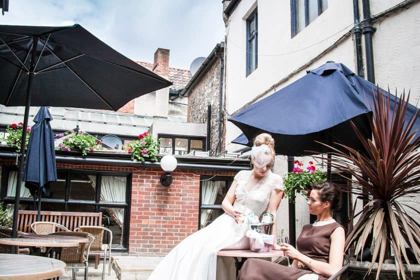 Maids Head Norwich Weddings outside drinks reception