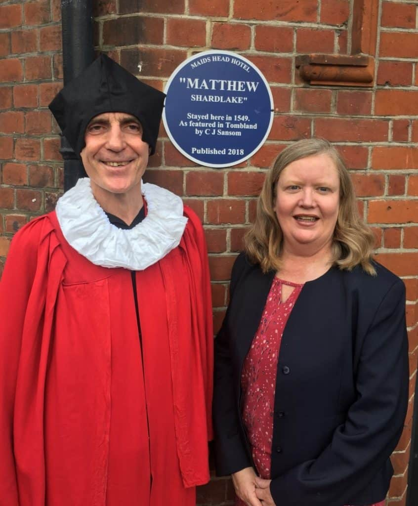 Matthew Shardlake (Paul Dickson) and Christine Malcolm with the new plaque